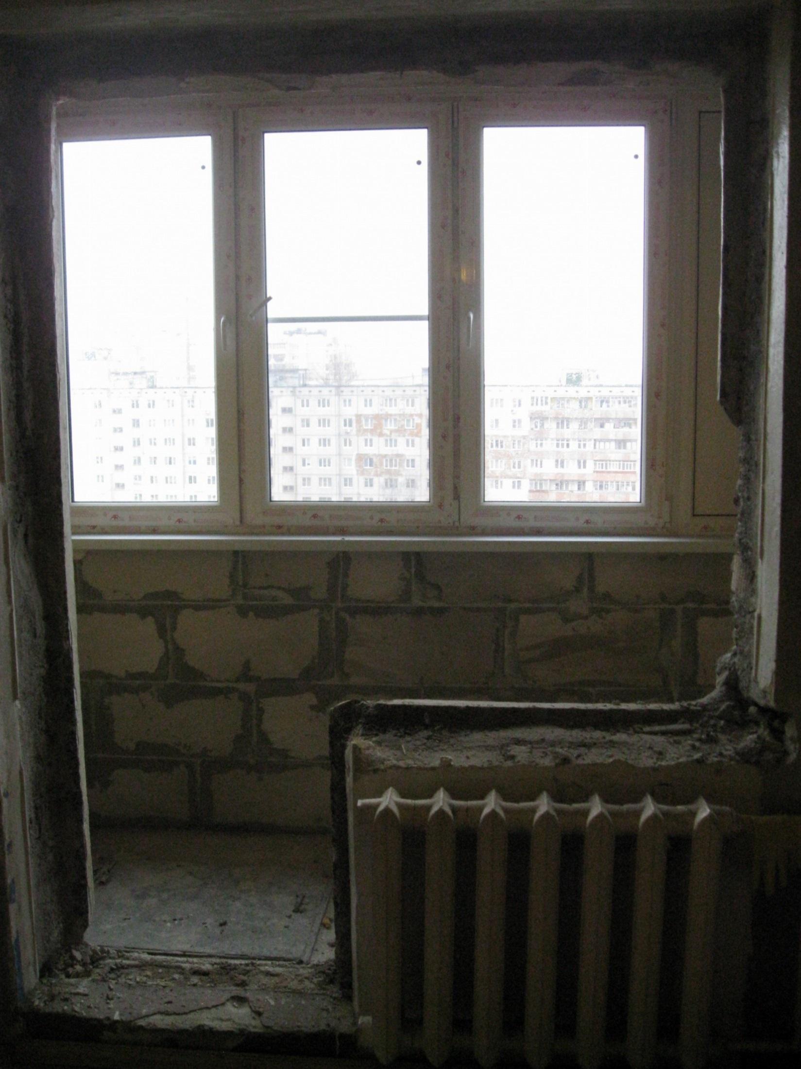 """Совмещенный с комнатой балкон """"под ключ""""."""